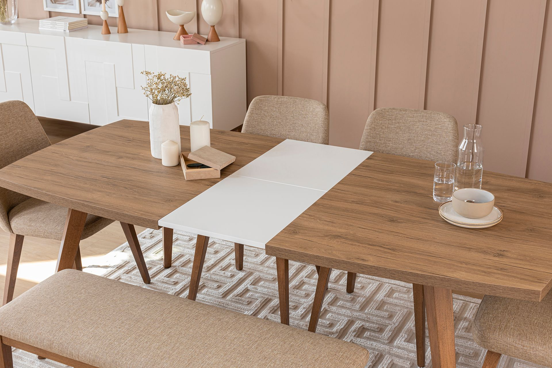 Neo Extendable Dining Table