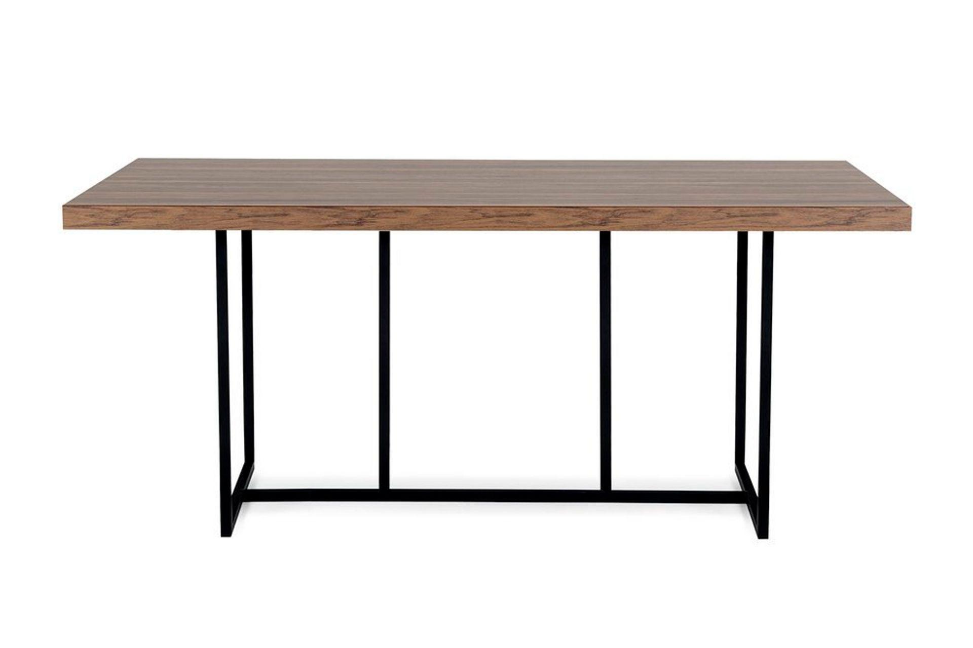 Pandora Dining Table, Walnut