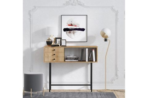 Freya Dresser