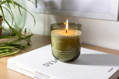 'Oud' Eucalyptus, Freesia & Cinnamon Soy Wax Candle, 300g