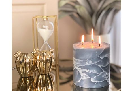 Marble Dove Gardenia Scented Candle